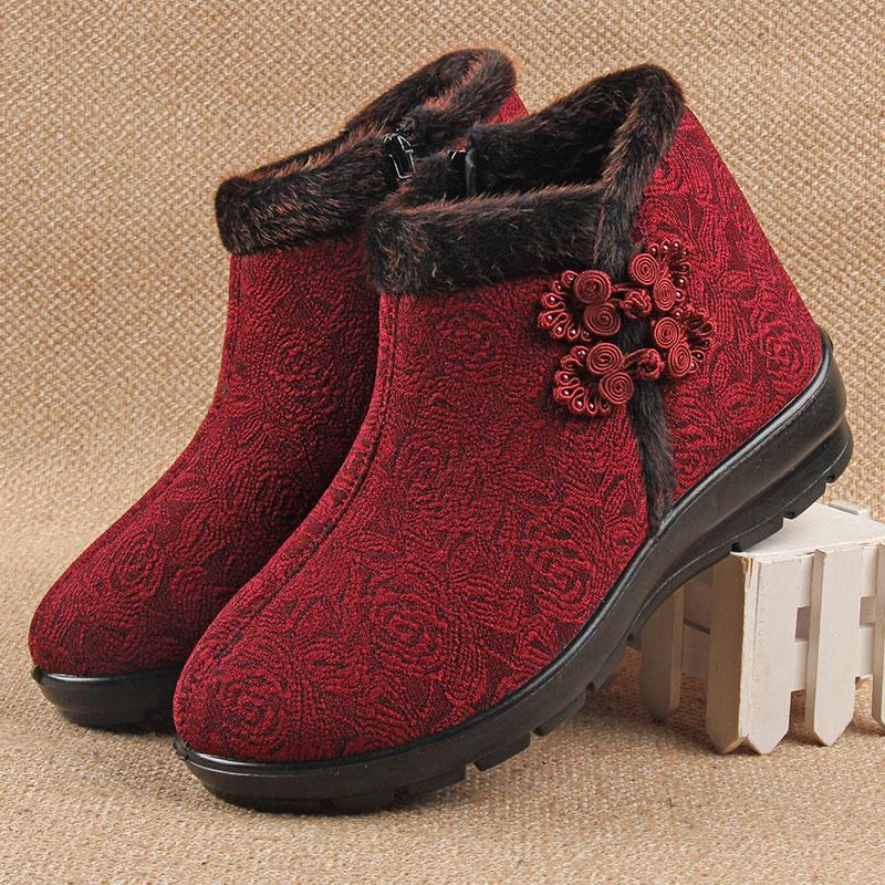 靴子 中老年人棉鞋防滑老人穿的雪地靴女加绒加厚女鞋保暖布鞋女士靴子_推荐淘宝好看的女靴子