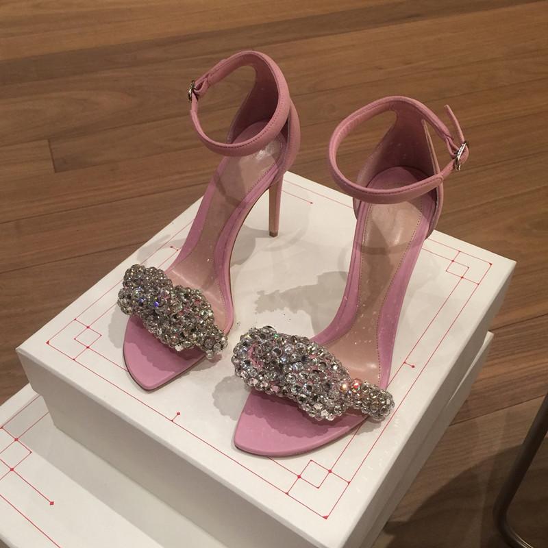 粉红色罗马鞋 凉鞋女2020新款粉红色欧美水钻晚晚礼服一字带显瘦高跟细跟罗马鞋_推荐淘宝好看的粉红色罗马鞋