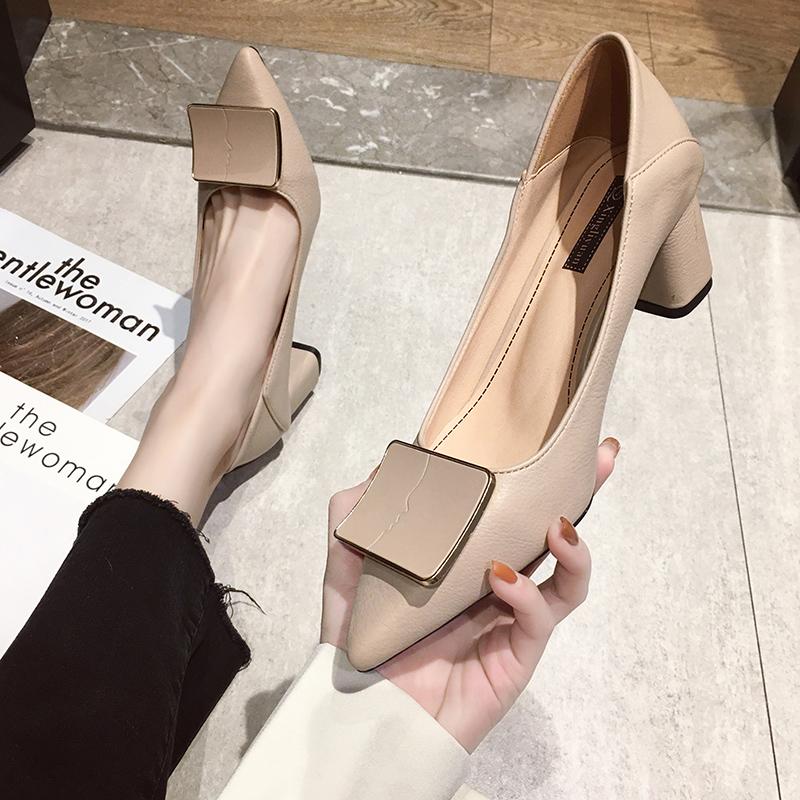 时尚高跟鞋 粗跟单鞋女高跟鞋2020春秋新款浅口网红工作百搭韩版尖头时尚皮鞋_推荐淘宝好看的女时尚高跟鞋