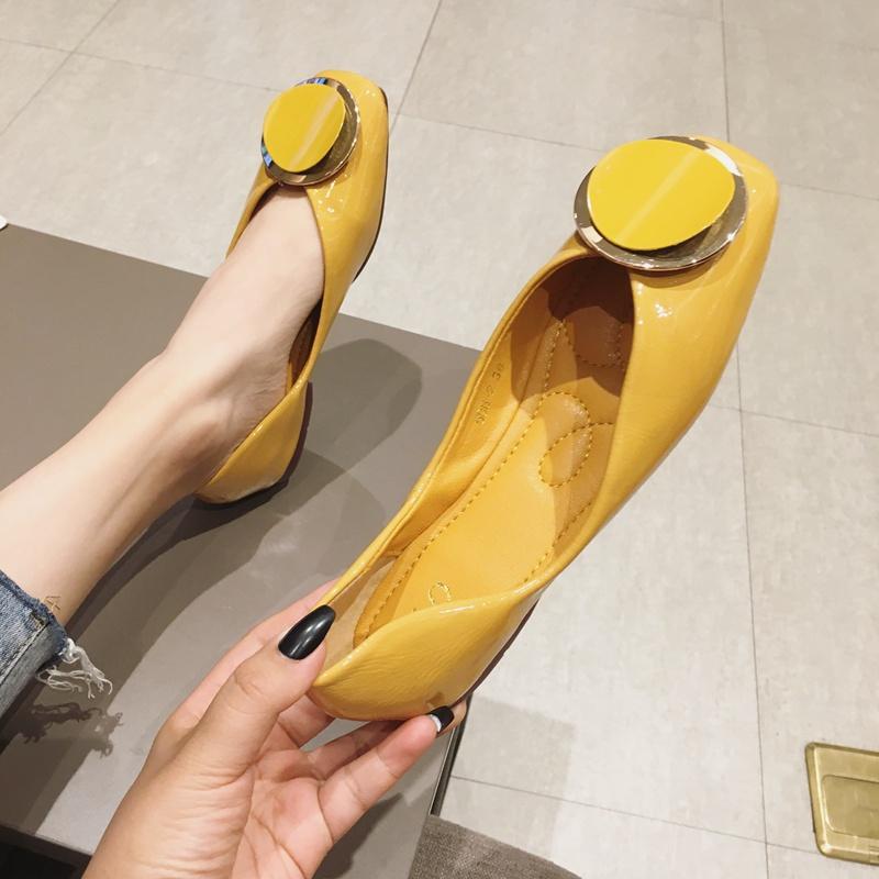 黄色豆豆鞋 豆豆鞋女2021新款四季鞋百搭方头小皮鞋韩版黄色单鞋平底大码女鞋_推荐淘宝好看的黄色豆豆鞋
