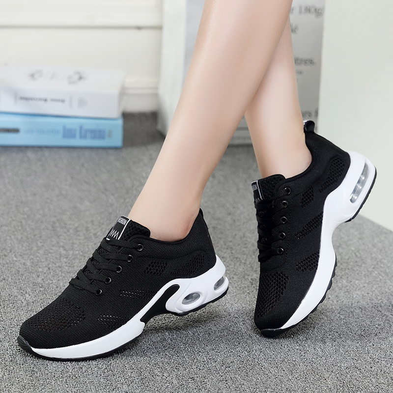 网球鞋 2020年春天防滑透气网面打网球鞋穿的男士女运动儿童羽毛球鞋黑色_推荐淘宝好看的男网球鞋