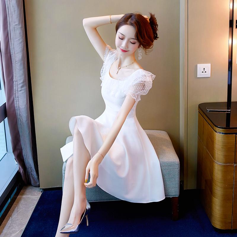 白色连衣裙 仙女裙子超仙短款女2021年新款夏季气质小个子白色蕾丝礼服连衣裙_推荐淘宝好看的白色连衣裙