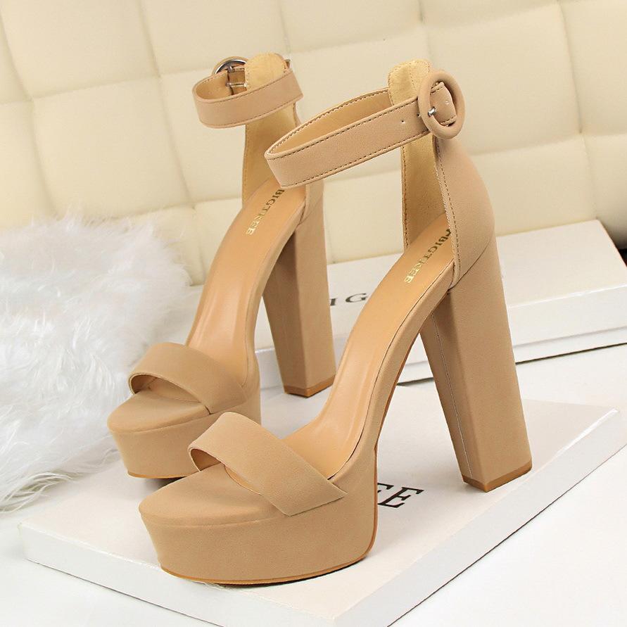 黑色凉鞋 恨天高模特女鞋14cm15cm超高跟凉鞋粗跟舞台演出鞋走秀黑色车模_推荐淘宝好看的黑色凉鞋