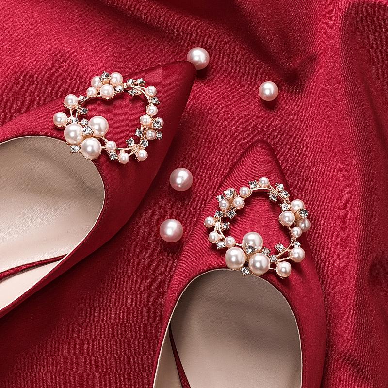 红色高跟鞋 2020春季新款伴娘新娘结婚鞋女尖头珍珠水钻细跟单鞋红色高跟鞋女_推荐淘宝好看的红色高跟鞋