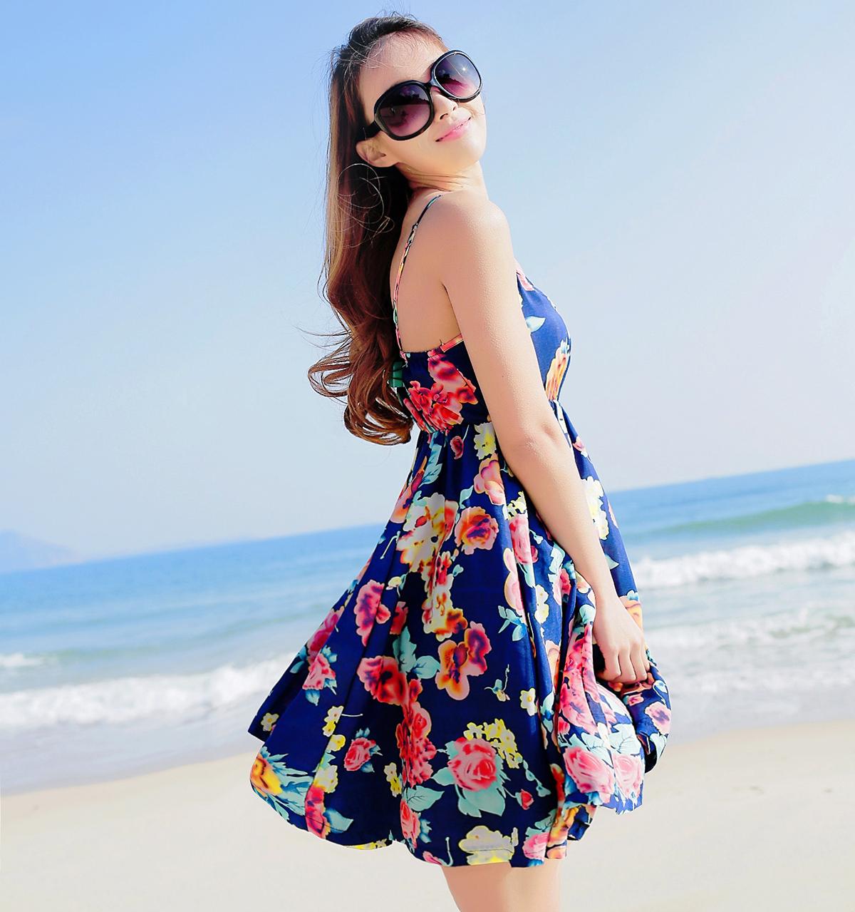 雪纺吊带连衣裙 2021夏波西米亚一字领吊带裙雪纺连衣裙女沙滩裙海边度假显瘦短裙_推荐淘宝好看的雪纺吊带连衣裙