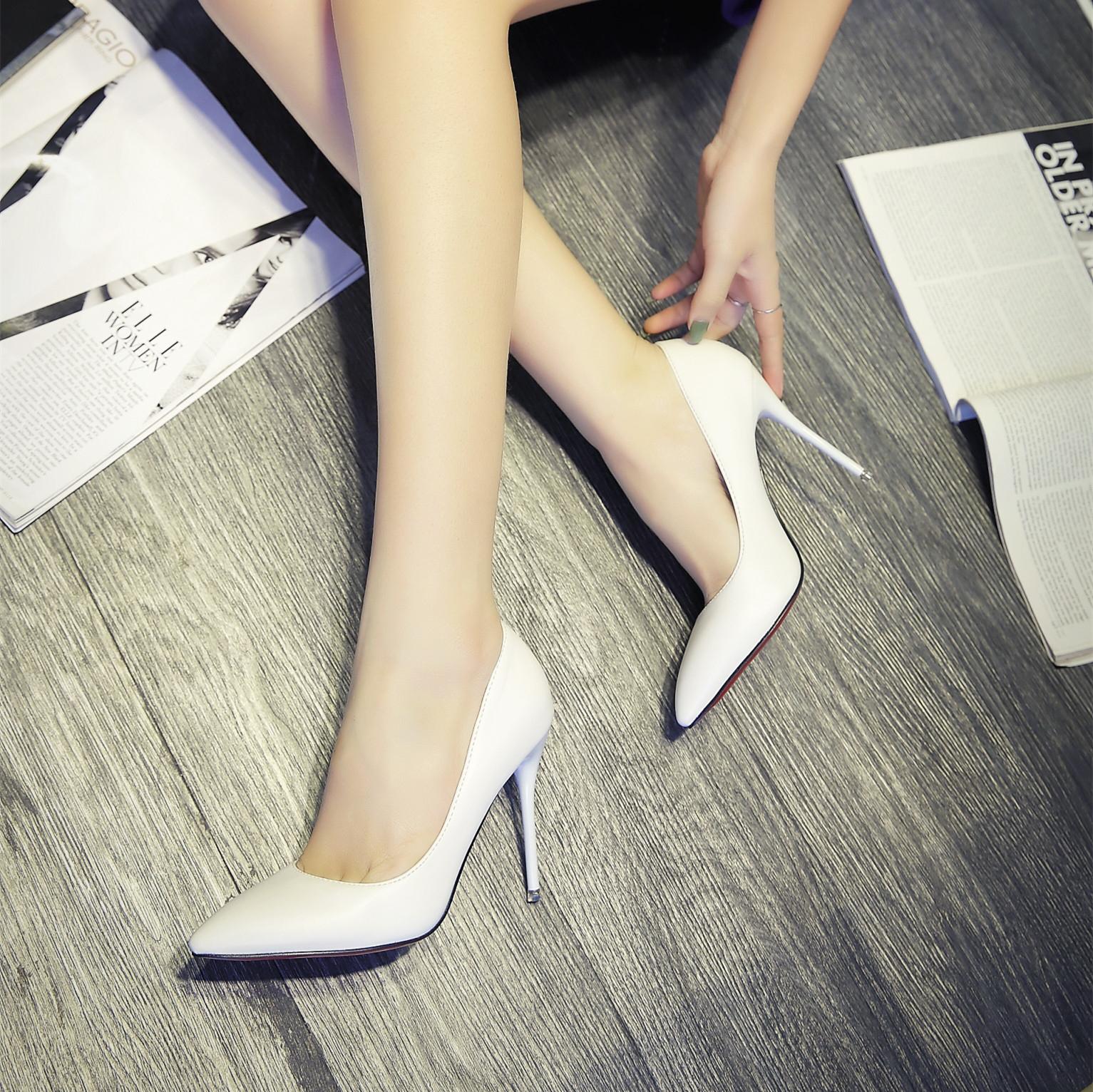 白色高跟单鞋 春季新款白色尖头高跟鞋细跟 真皮女鞋婚鞋黑色工作鞋女浅口单鞋_推荐淘宝好看的女白色高跟单鞋