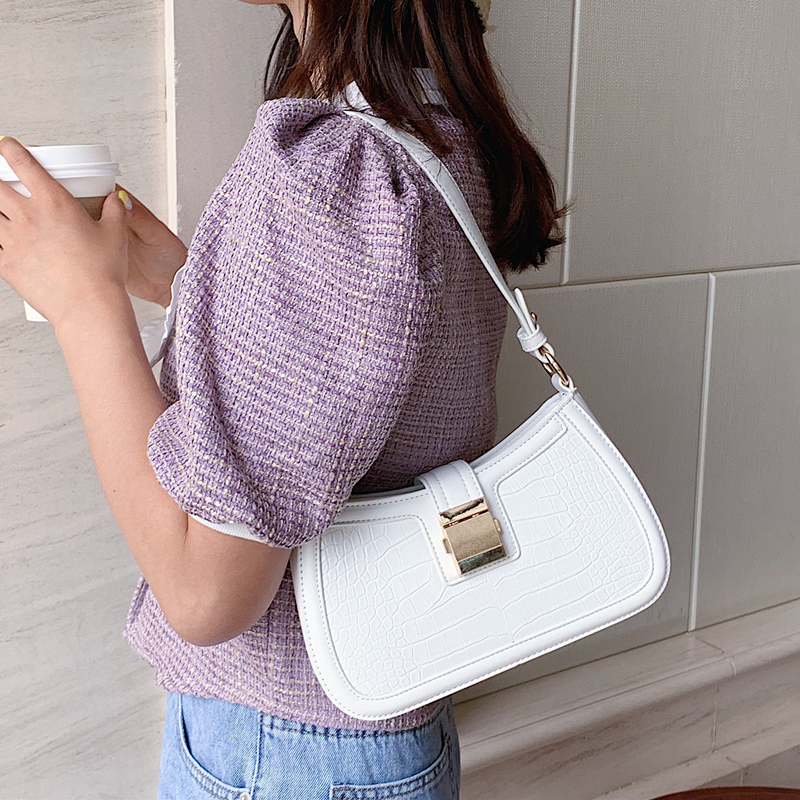 白色手提包 白色包包女2020流行新款夏季百搭手提单肩包休闲法棍包ins超火包_推荐淘宝好看的白色手提包