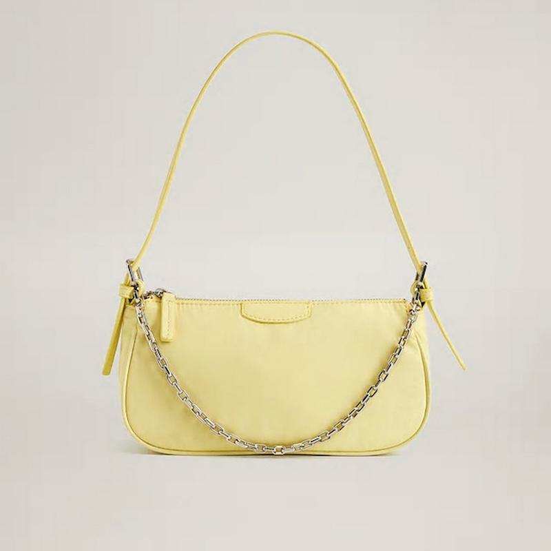 黄色链条包 西班牙设计2020女士链条手提包淡黄色法棍包manigo小众单肩腋下包_推荐淘宝好看的黄色链条包