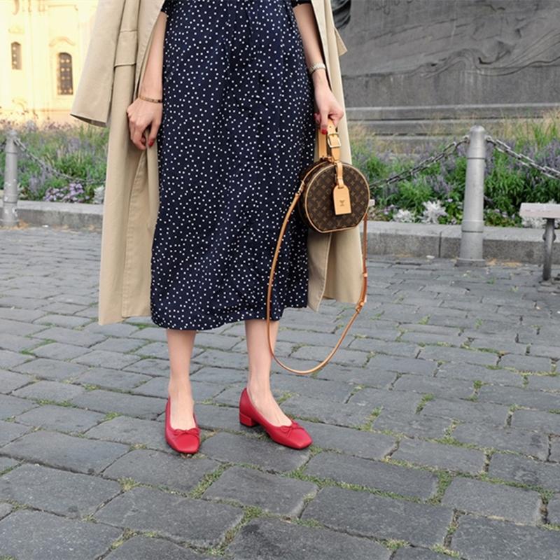 红色高跟鞋 方头粗跟单鞋女2021春款百搭中跟红色蝴蝶结设计感小众法式高跟鞋_推荐淘宝好看的红色高跟鞋