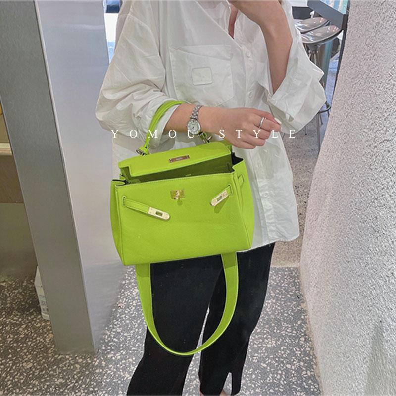 绿色糖果包 名媛潮流糖果绿色公文包凯莉铂金包大容量手提包水桶包单肩斜挎包_推荐淘宝好看的绿色糖果包