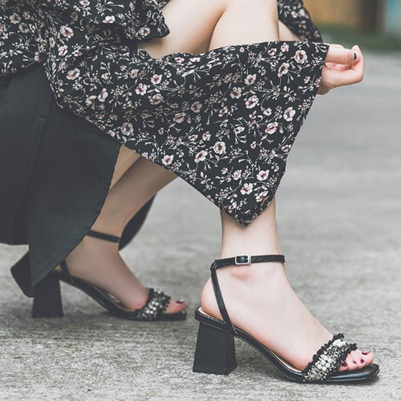 新款女士高跟凉鞋 凉鞋女2020夏季新款仙女风一字带粗跟中跟网红鞋百搭小清新高跟鞋_推荐淘宝好看的女新款高跟凉鞋