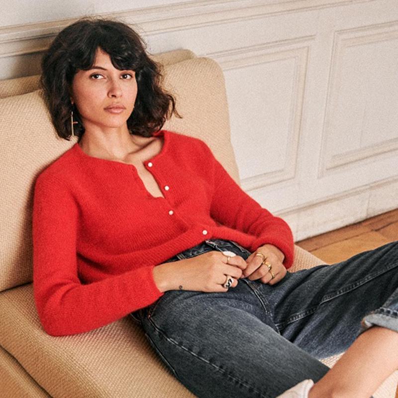 红色针织衫 现货~20年圣诞新年红色显白圆领法式小众开衫宽松气质针织衫外套_推荐淘宝好看的红色针织衫