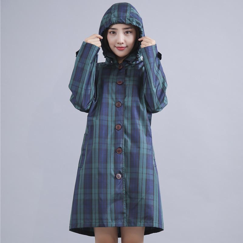 绿色风衣 绿色式雨衣女韩国时尚徒步轻薄格子风衣防水衣服旅游备用雨天走路_推荐淘宝好看的绿色风衣