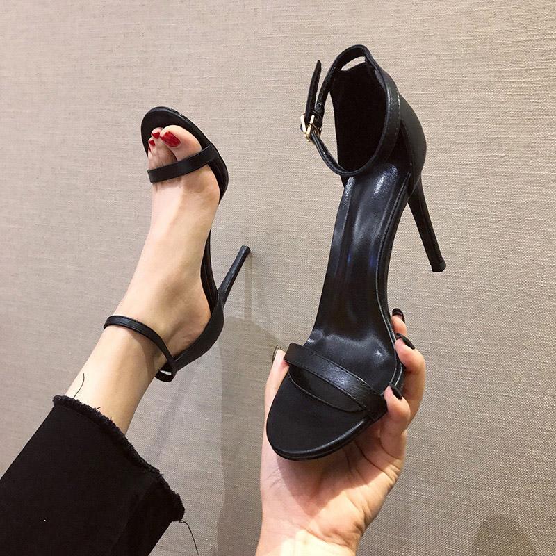白色凉鞋 时尚白色一字扣带凉鞋2019新款夏季百搭高跟鞋细跟黑色女鞋仙女风_推荐淘宝好看的白色凉鞋