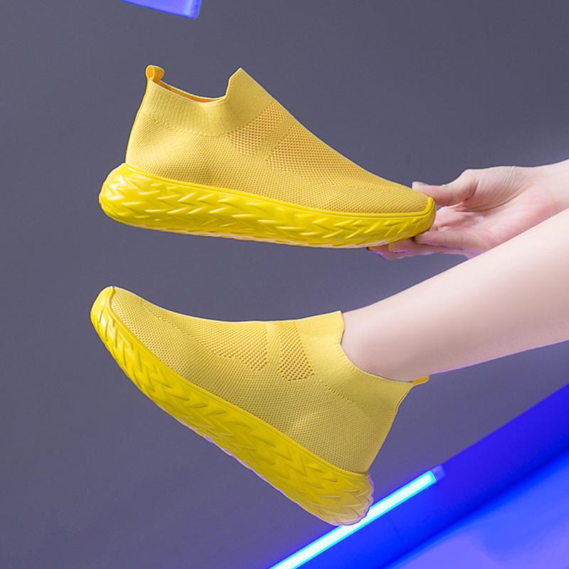 黄色运动鞋 黄色运动鞋女春秋透气网面2020新款网红袜子鞋一脚蹬休闲老爹鞋潮_推荐淘宝好看的黄色运动鞋