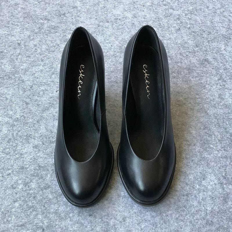 黑色高跟单鞋 舒适软皮单鞋秋职业空姐工作鞋女黑色圆头粗跟高跟鞋大码胖脚宽肥_推荐淘宝好看的女黑色高跟单鞋