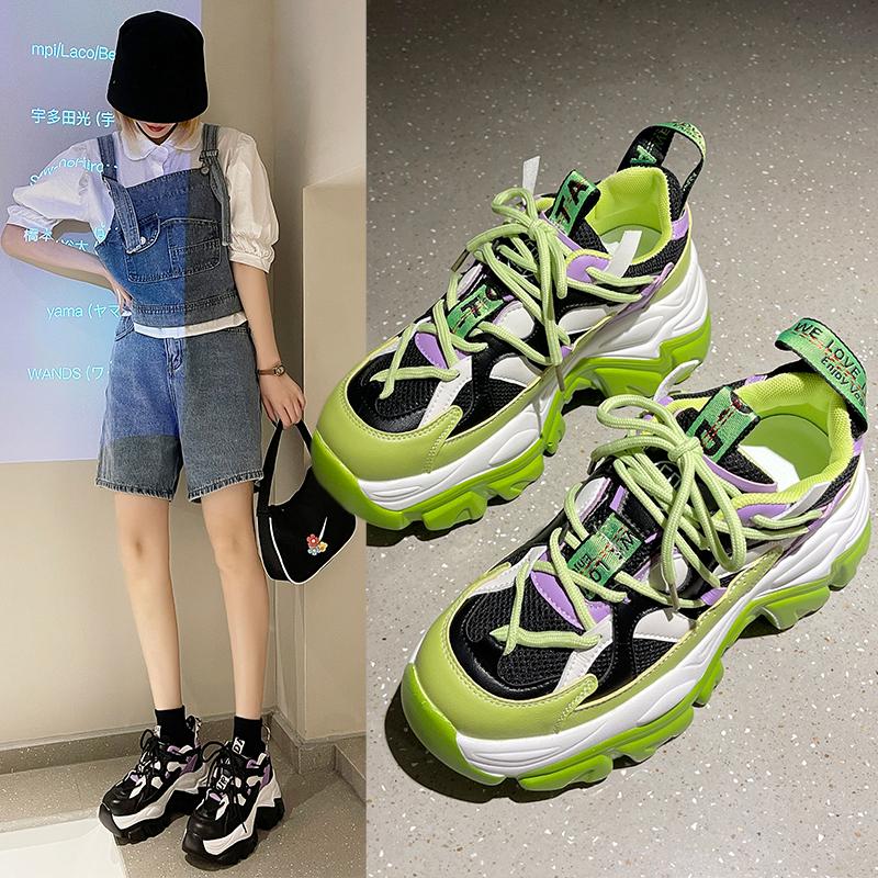 紫色松糕鞋 炸街老爹鞋女夏季透气2021新款彩色松糕厚底增高荧光绿紫色运动鞋_推荐淘宝好看的紫色松糕鞋