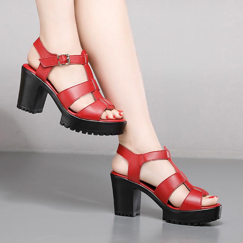红色罗马鞋 粗跟厚底罗马凉鞋女红色大码4142宽脚鱼嘴鞋软底轻便夏季镂空高跟_推荐淘宝好看的红色罗马鞋