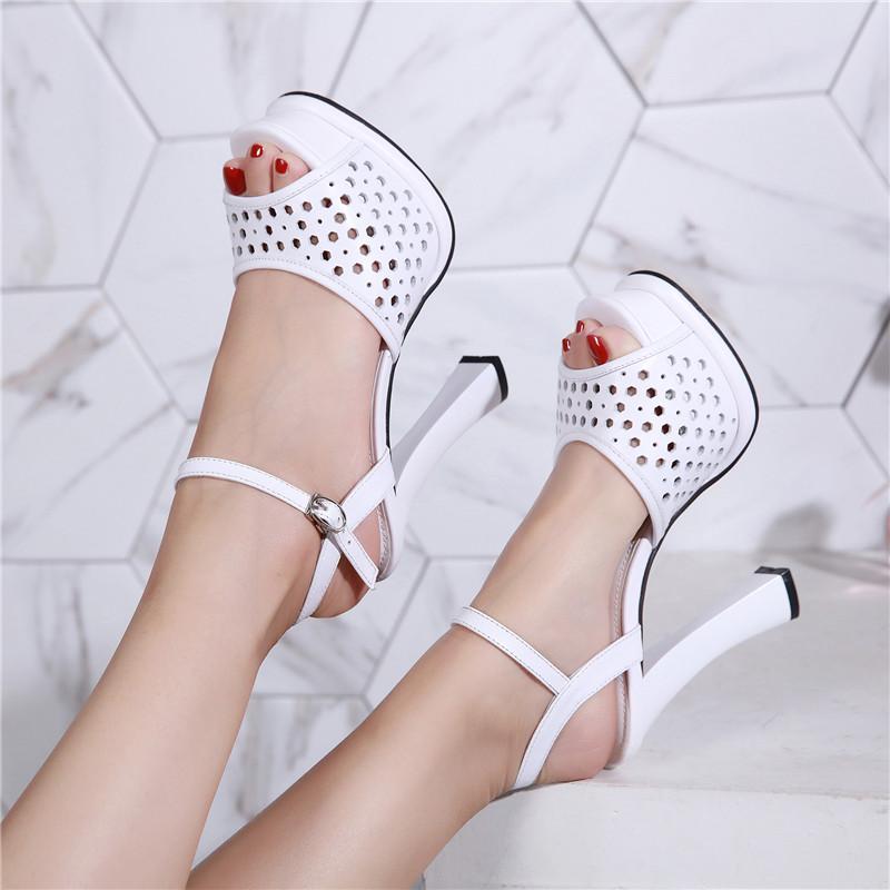 粗跟鱼嘴凉鞋 高跟凉鞋女2021新款夏季时装鞋镂空性感仙女风女士真皮粗跟鱼嘴鞋_推荐淘宝好看的女粗跟鱼嘴凉鞋