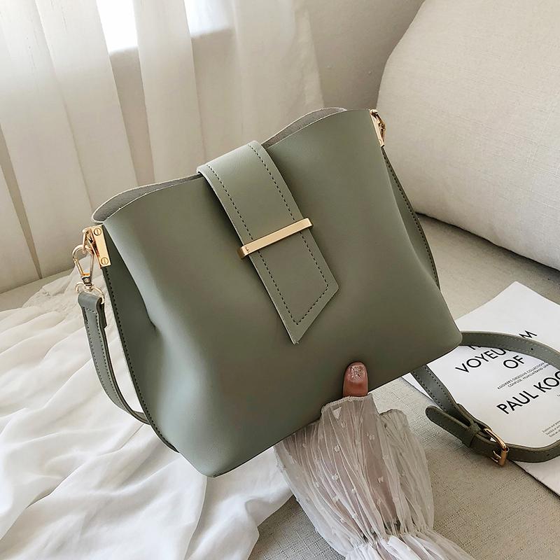 绿色水桶包 夏季上新休闲水桶包包女包新款2020韩版百搭单肩时尚简约斜挎小包_推荐淘宝好看的绿色水桶包