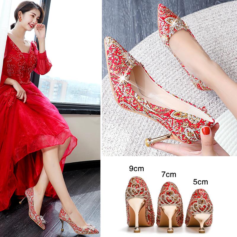 红色高跟鞋 秀禾服婚鞋女2020年新款结婚新娘鞋子细跟红色高跟秀禾鞋婚纱两穿_推荐淘宝好看的红色高跟鞋