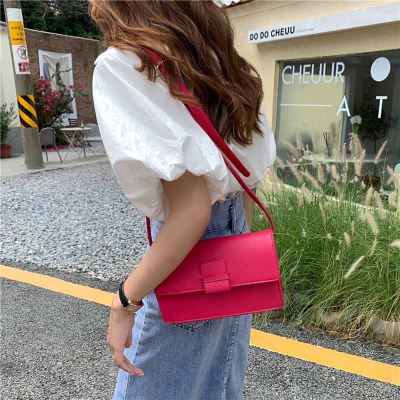 红色信封包 信封女包时尚纯色单肩包简约斜挎韩版翻盖百搭气质洋气红色小方包_推荐淘宝好看的红色信封包