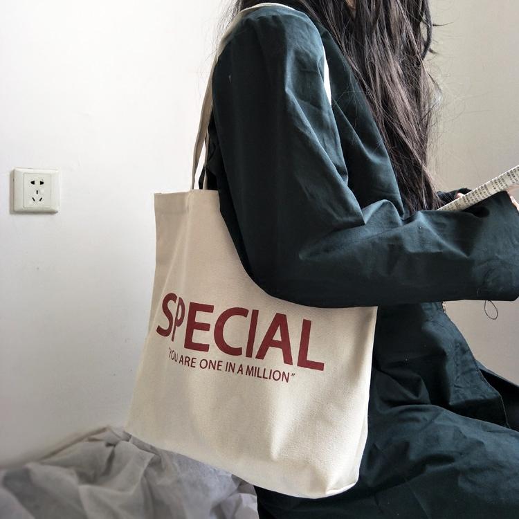 学院风帆布包 包包女2020新款韩版字母简约帆布包 ins学院风单肩帆布袋女斜挎包_推荐淘宝好看的女学院风帆布包