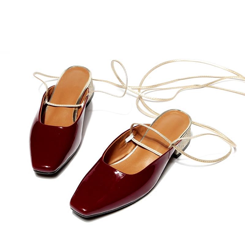 达芙妮罗马鞋 罗马绑带酒红漆皮中跟单鞋女复古平底粗跟凉鞋浅口欧美方头穆勒鞋_推荐淘宝好看的达芙妮罗马鞋