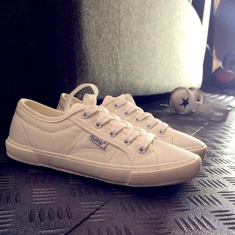 白色帆布鞋 环球白色平底帆布女鞋新款小白鞋女2020春季学生百搭布鞋春秋单鞋_推荐淘宝好看的白色帆布鞋