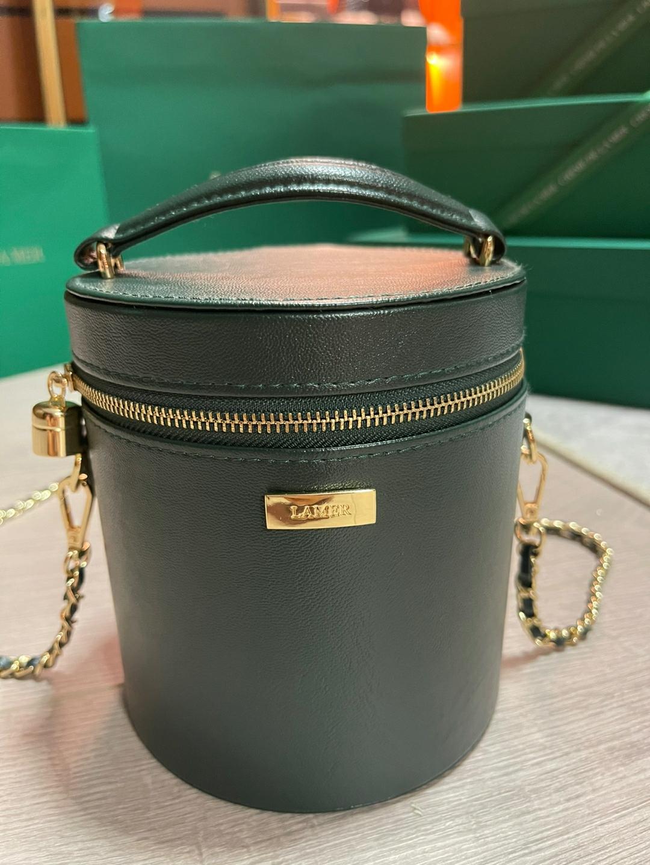 绿色水桶包 lamer 海蓝之谜水桶包年会赠礼墨绿色化妆包复古单肩背包斜挎包_推荐淘宝好看的绿色水桶包