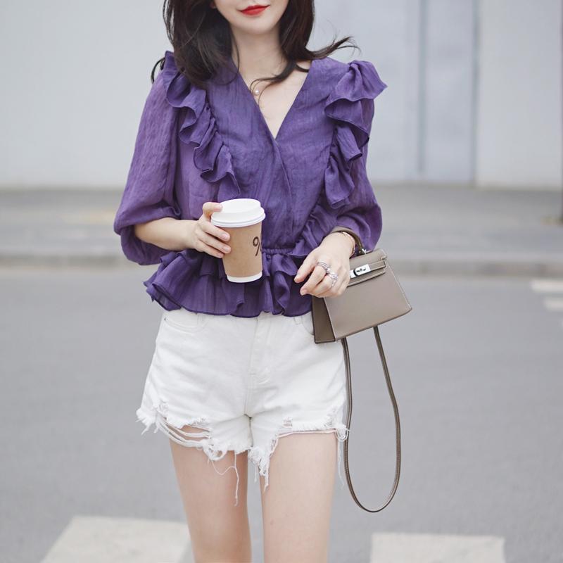 紫色雪纺衫 2021夏新款紫色仙女荷叶边七分袖V领闪亮人鱼偏光雪纺上衣雪纺衫_推荐淘宝好看的紫色雪纺衫