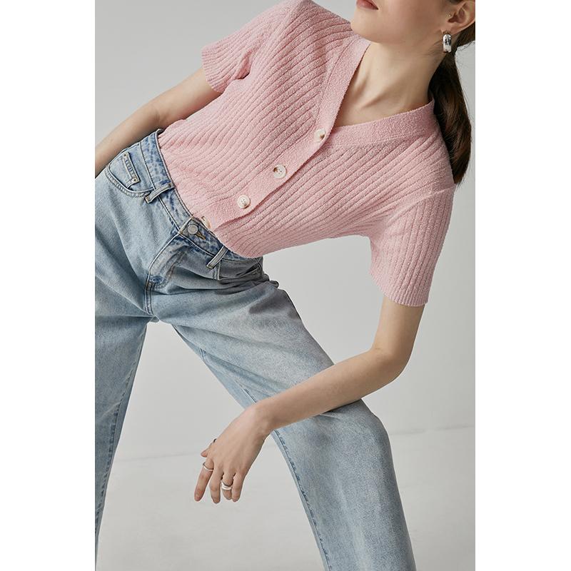 黄色针织衫 范洛 2020夏季新款淡黄色粉色V领坑条宽松显瘦针织衫短袖上衣女_推荐淘宝好看的黄色针织衫