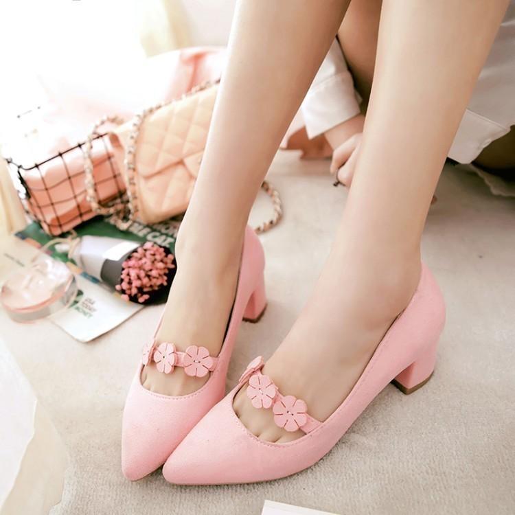粉红色单鞋 尖头花朵中粗跟33小码粉红色伴娘鞋墨绿演出绒面单鞋40414243大码_推荐淘宝好看的粉红色单鞋