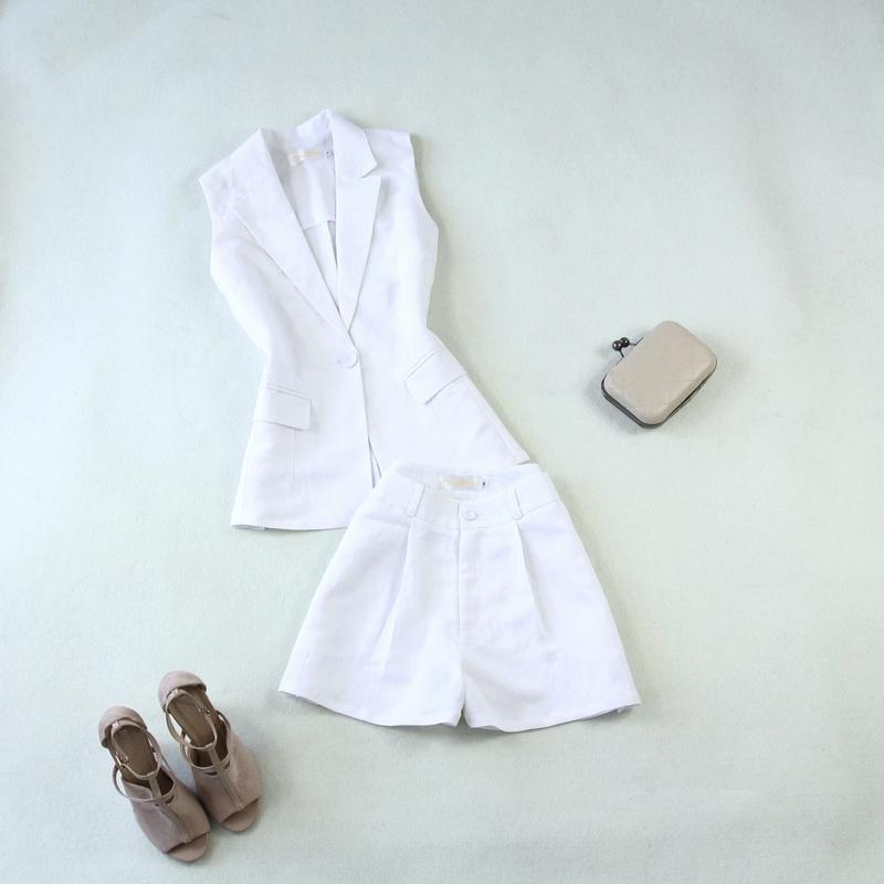 白色马甲 包邮女装夏新款麻薄款西服马甲+阔腿高腰显瘦短裤白色套装_推荐淘宝好看的白色马甲