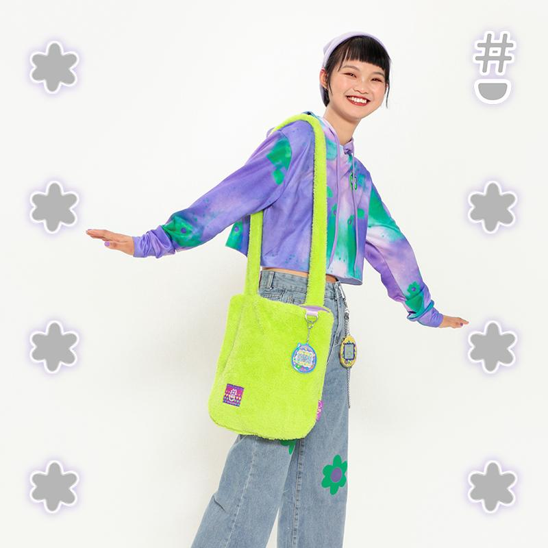 绿色单肩包 Hashtag DDD 花花世界 原创男女原宿可爱绿色趣味斜肩 毛绒单肩包_推荐淘宝好看的绿色单肩包