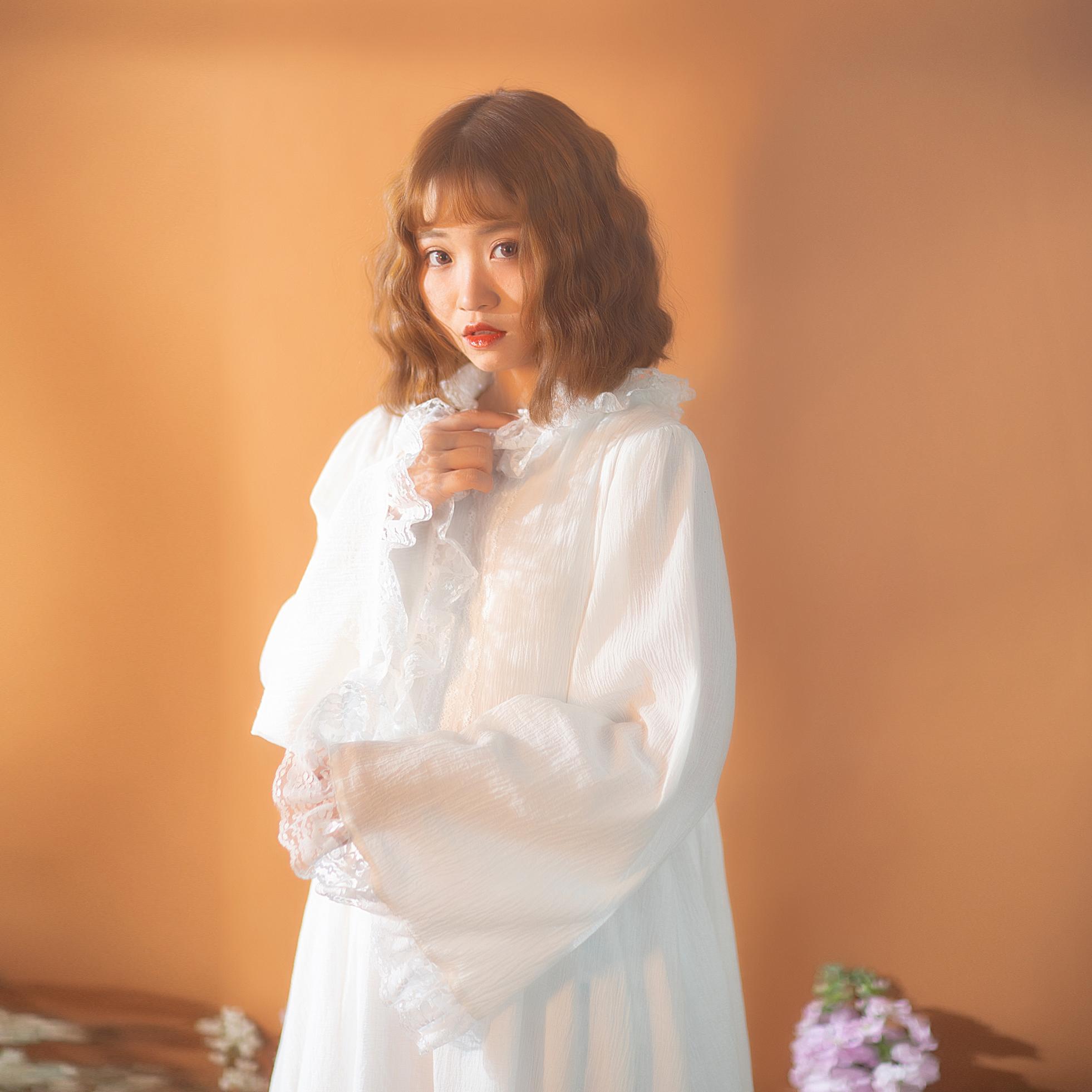 白色连衣裙 pinkwink小星夜 秋季原创白色蕾丝喇叭袖法式长袖连衣裙女仙女裙._推荐淘宝好看的白色连衣裙