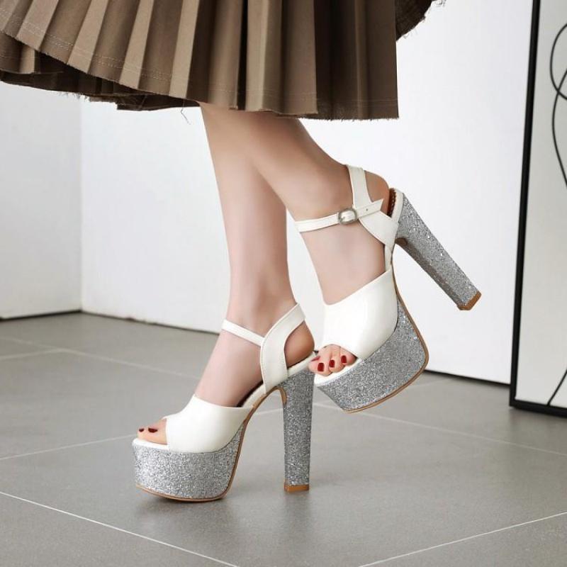 白色高跟凉鞋 白色鞋女40防水台高跟凉鞋44-48大码女鞋41-43小码凉鞋女31-33 XZ_推荐淘宝好看的女白色高跟凉鞋