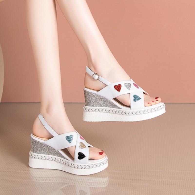 大码坡跟女凉鞋 厚底鞋夏季鞋女白色凉鞋高跟坡跟女凉鞋牛皮真皮凉鞋大码女鞋 EFO_推荐淘宝好看的女大码坡跟凉鞋