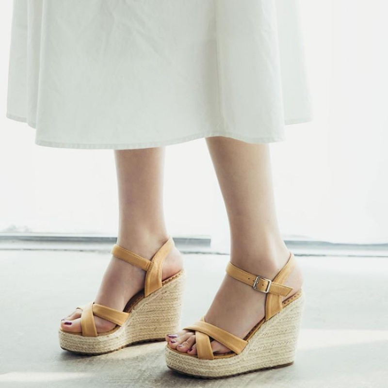大码坡跟女凉鞋 鞋子女草编厚底绒面杏色驼色凉鞋高跟坡跟凉鞋大码凉鞋 40-43 KJQ_推荐淘宝好看的女大码坡跟凉鞋