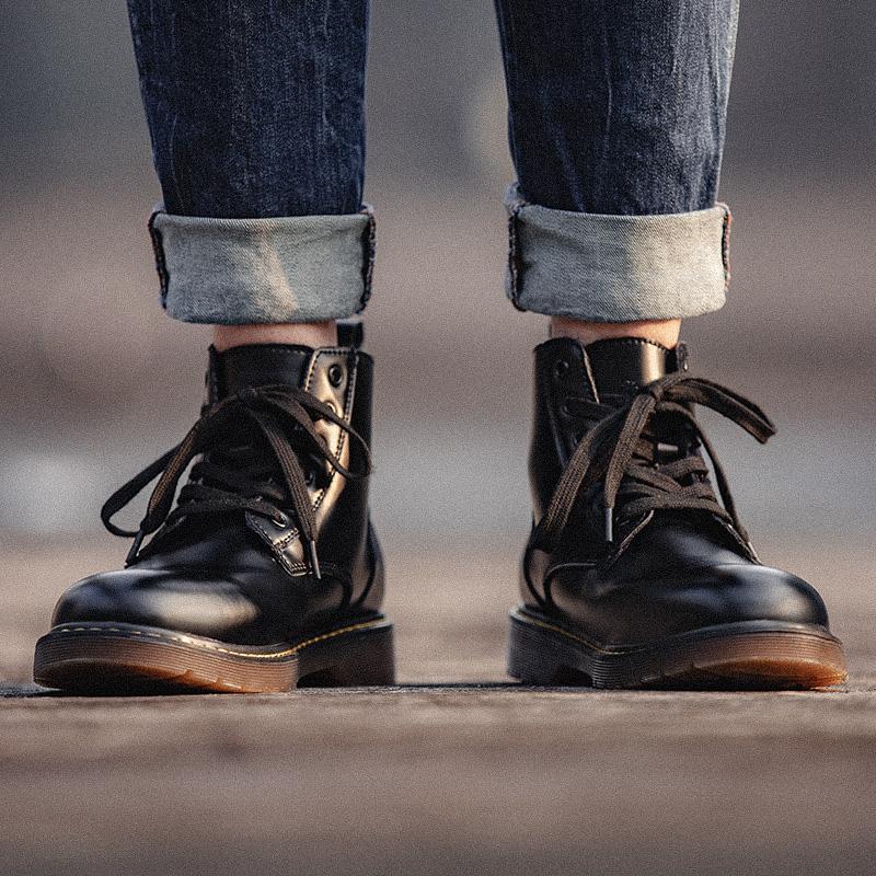 黑色高帮鞋 黑色马丁靴男鞋秋季百搭高帮真皮靴子男士潮鞋中帮英伦风工装鞋子_推荐淘宝好看的黑色高帮鞋