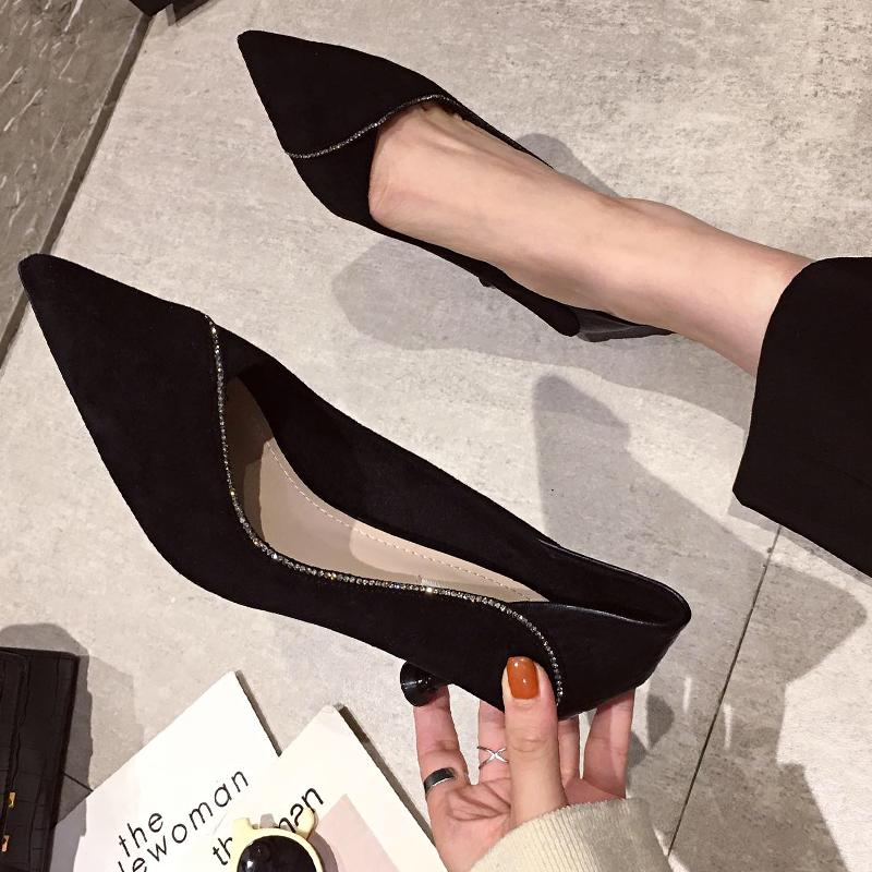 黑色尖头鞋 尖头高跟鞋2021春秋新款百搭少女黑色细跟中职业工作单鞋猫跟5cm_推荐淘宝好看的黑色尖头鞋