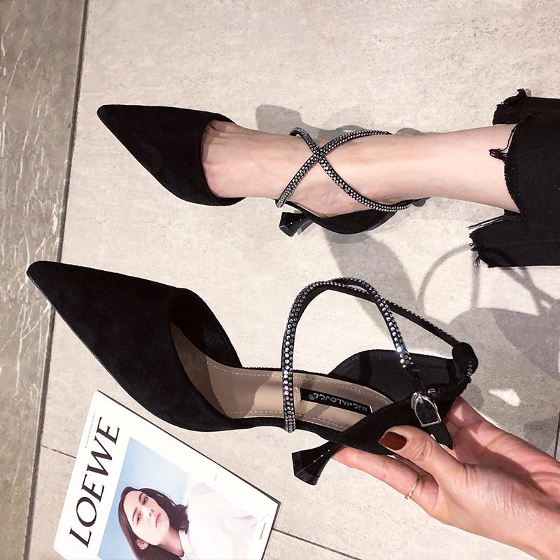 黑色罗马鞋 交叉绑带细跟高跟鞋女夏黑色尖头2021年新款包头百搭网红罗马凉鞋_推荐淘宝好看的黑色罗马鞋