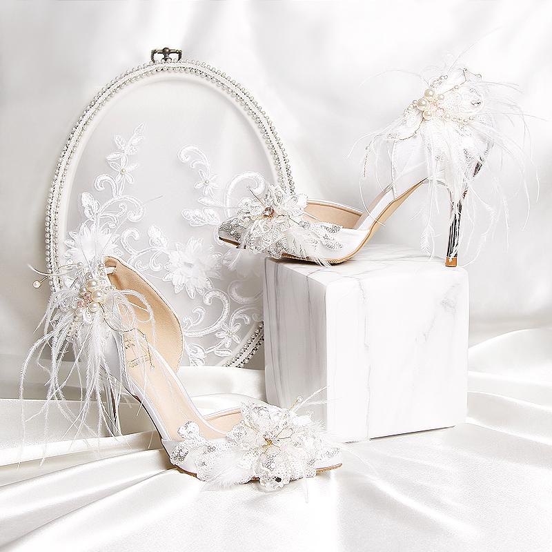 白色凉鞋 2021新款白色绸缎真丝女凉鞋包头中空水钻羽毛高跟鞋细跟婚纱鞋_推荐淘宝好看的白色凉鞋