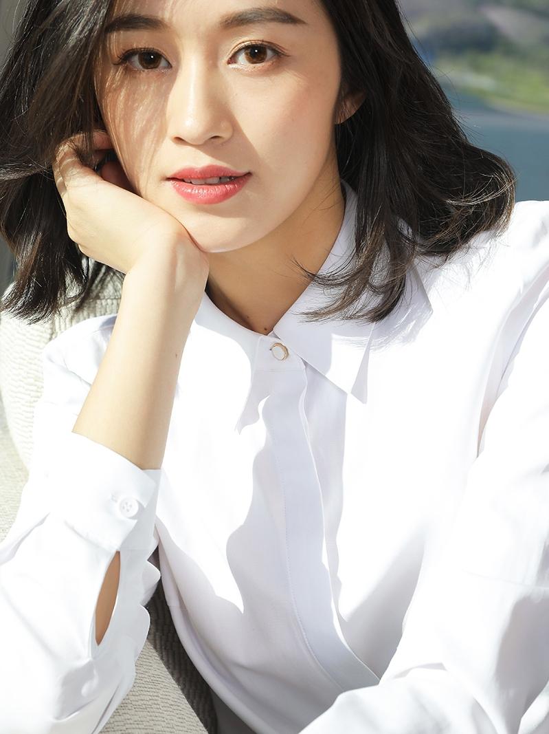 白色衬衫 白色衬衫女长袖工装职业正装内搭打底工作服免烫2020秋装韩版衬衣_推荐淘宝好看的白色衬衫