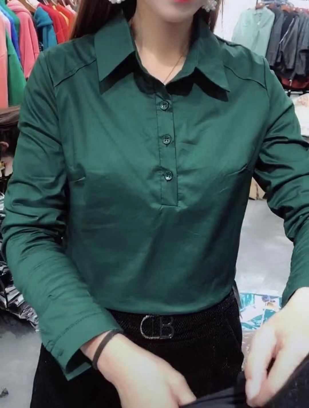 衬衫 网红秋冬季新款时尚加绒衬衫女韩版翻领长袖简约纯色百搭打底衫超_推荐淘宝好看的女衬衫