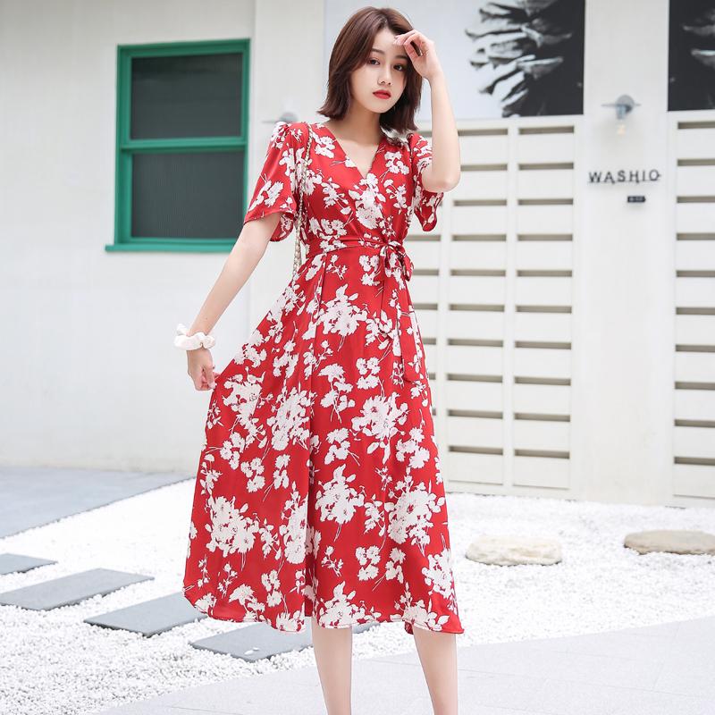 红色连衣裙 红色碎花连衣裙女夏季2020新款V领泡泡袖雪纺系带收腰显瘦气质仙_推荐淘宝好看的红色连衣裙