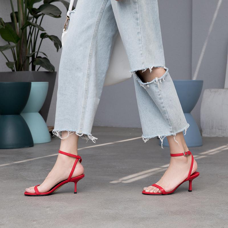 红色罗马鞋 法式红色一字带扣罗马凉鞋女2020新款夏季百搭细跟高跟鞋性感少女_推荐淘宝好看的红色罗马鞋
