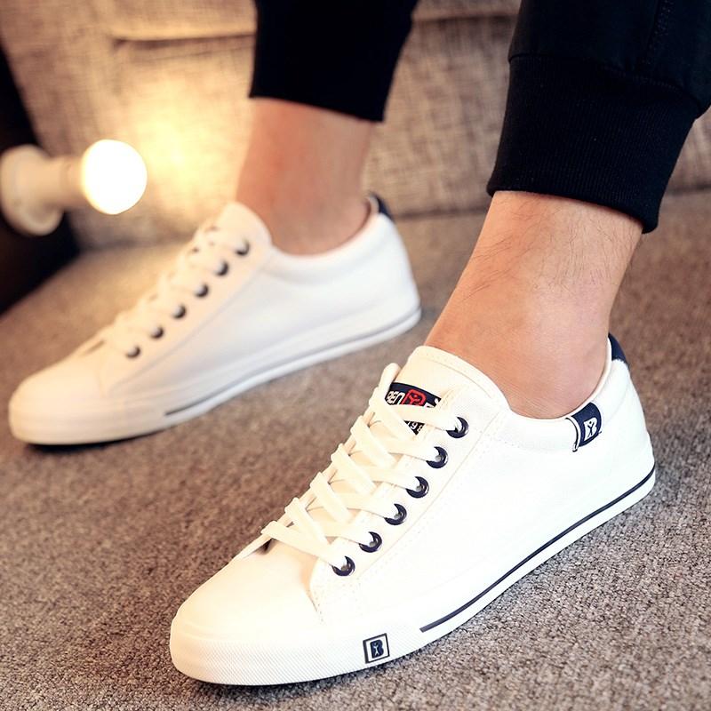 白色平底鞋 人本秋韩版低帮平底板鞋男女式情侣大码鞋白色帆布鞋透气单休闲鞋_推荐淘宝好看的白色平底鞋