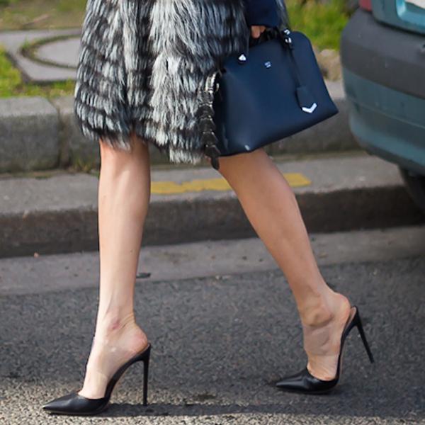 尖头欧美罗马鞋 2020春新款欧美罗马鞋子真皮透明高跟尖头女细跟高跟鞋走秀鞋女鞋_推荐淘宝好看的尖头欧美罗马鞋