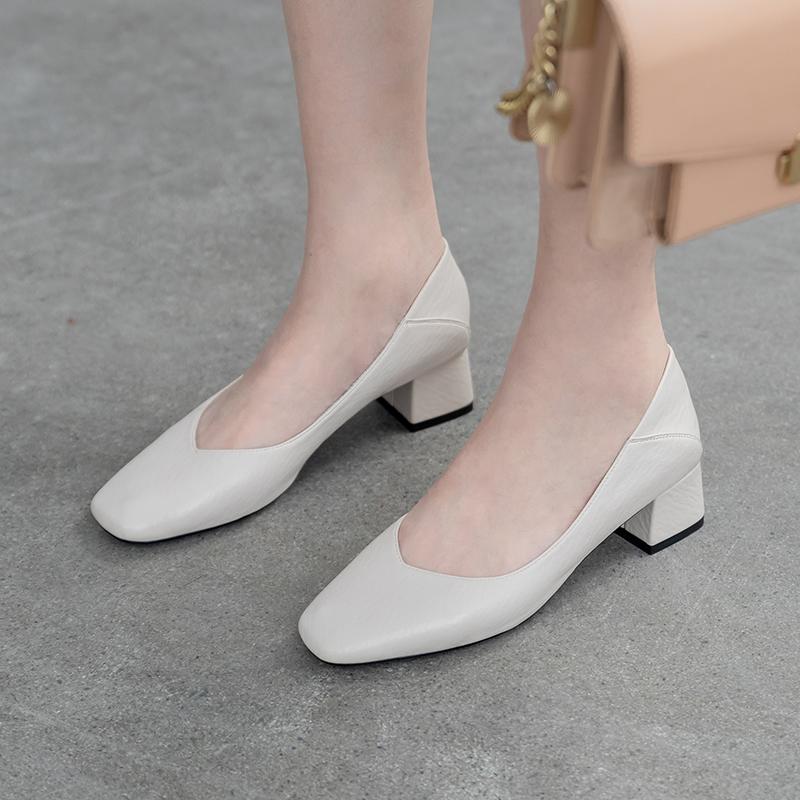 白色单鞋 软到你心醉 ~  软皮复古白色高跟奶奶鞋工作鞋两穿中跟粗跟单鞋女_推荐淘宝好看的白色单鞋